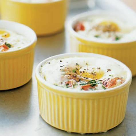 Baked Eggs With Tomatoes Herbs And Cream Williams Sonoma