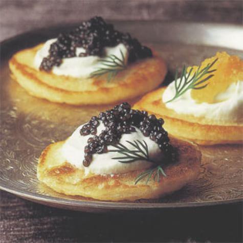 Blini With Caviar And Crème Fraîche Williams Sonoma