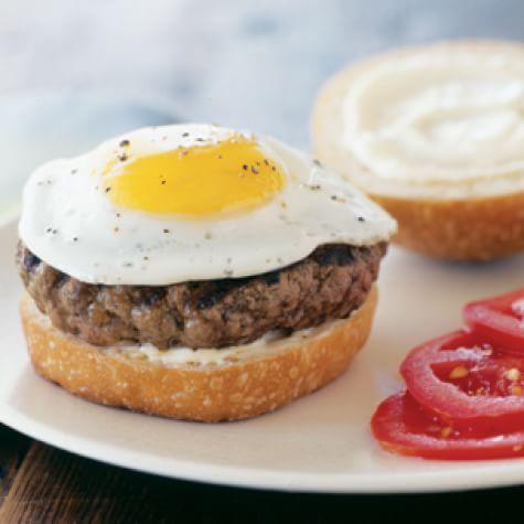 Hamburgers With Fried Eggs Williams Sonoma