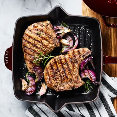 pork chop recipe grill pan Pan-Grilled Pork Chops with Red Onions
