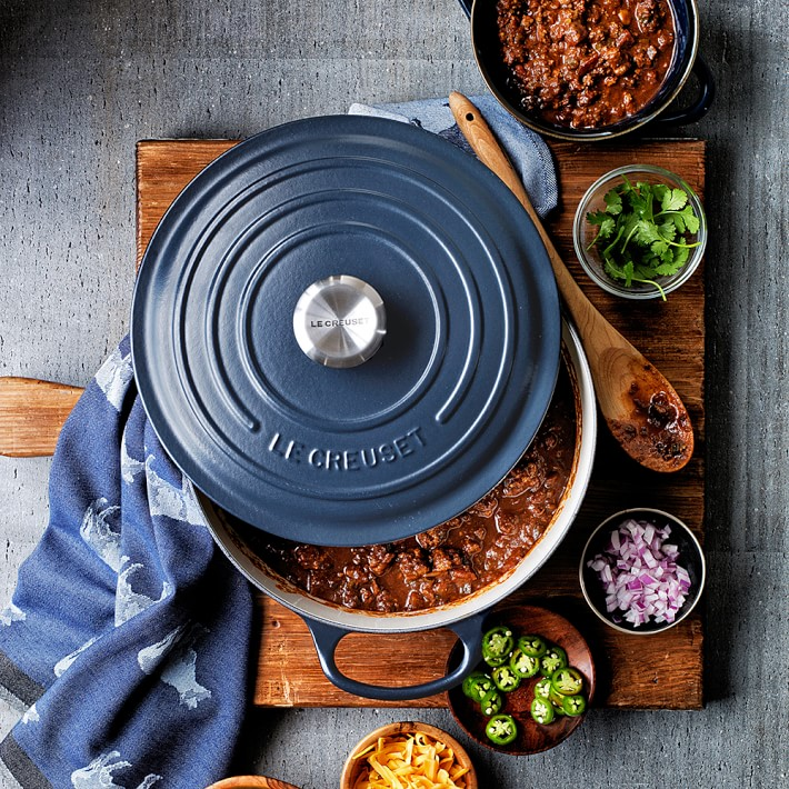 Le Creuset Signature Enameled Cast Iron Matte Round Dutch Oven