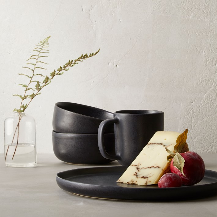 Morgan Bowls are chic, hard working bowls with a matte finish perfect for your modern rustic table. #blackbowls #blackdishes #modernrustic #stonewarebowls #tabletop #dishes